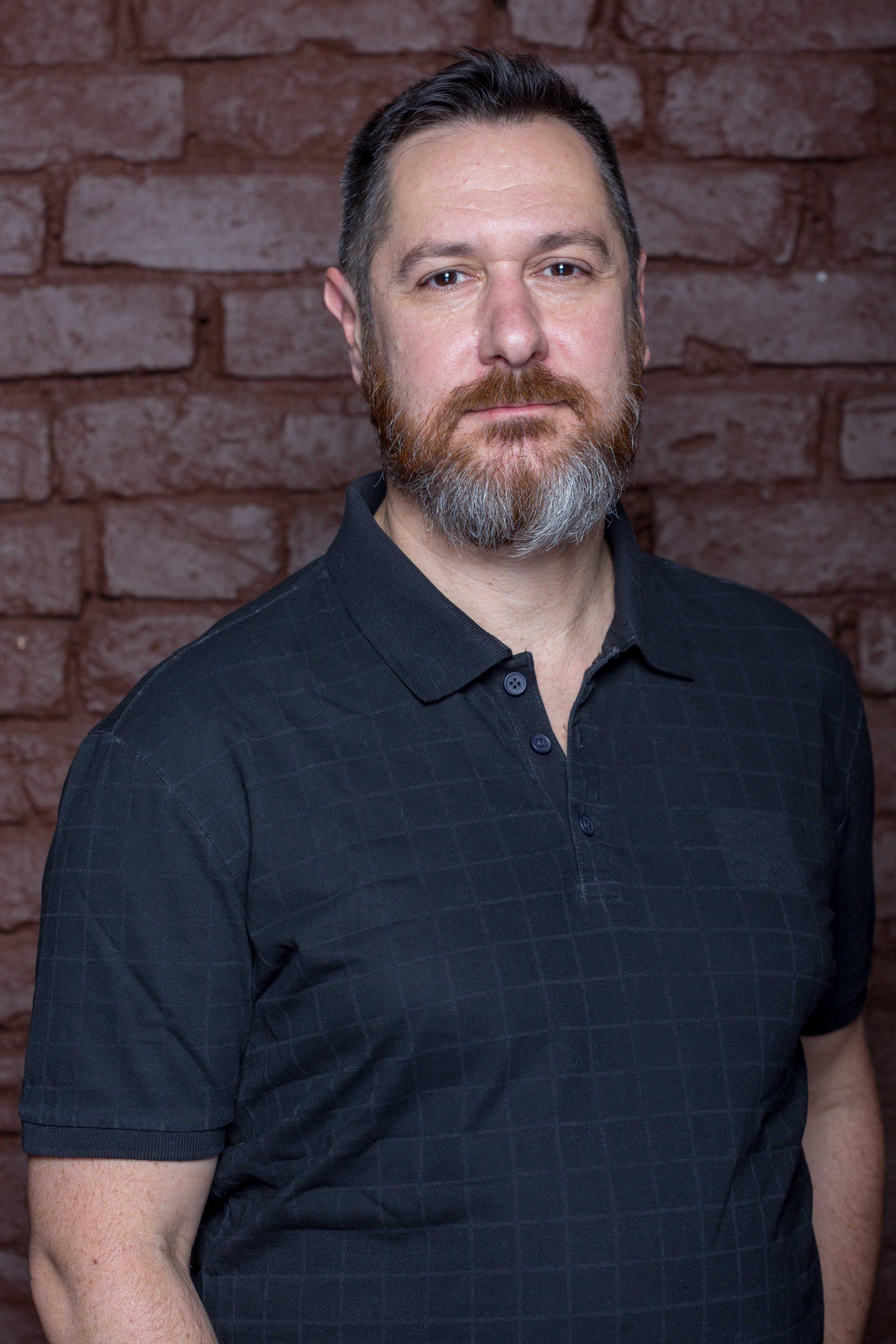 Milton Morales Filho : Diretor Artístico e Dramaturgo